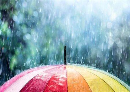 پایان هفته بارانی در گیلان همراه با رعد و برق و وزش باد