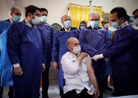 واکسیناسیون کرونا بین سالمندان گیلانی آغاز شد