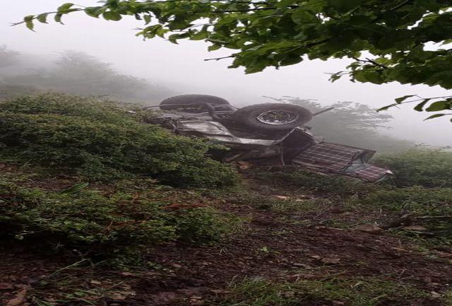 سقوط خودرو پاترول به دره ای در تالش