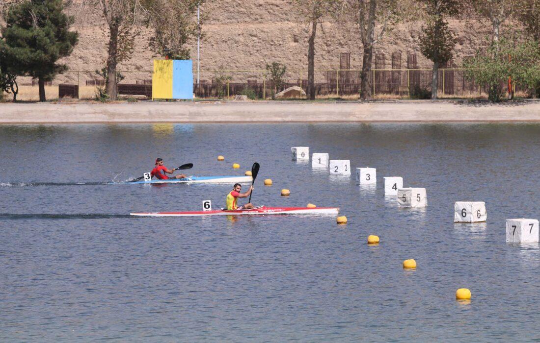 قهرمانی تیم قایقرانی آبهای آرام مردان گیلان در رقابتهای کشور