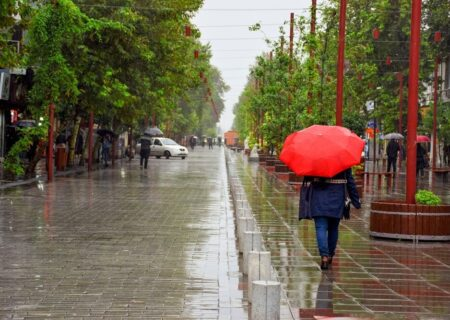 بارش باران پاییزی در گیلان
